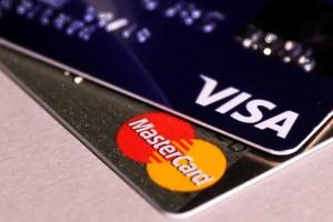 Tarjetahabientes no creen en el aumento del límite de crédito