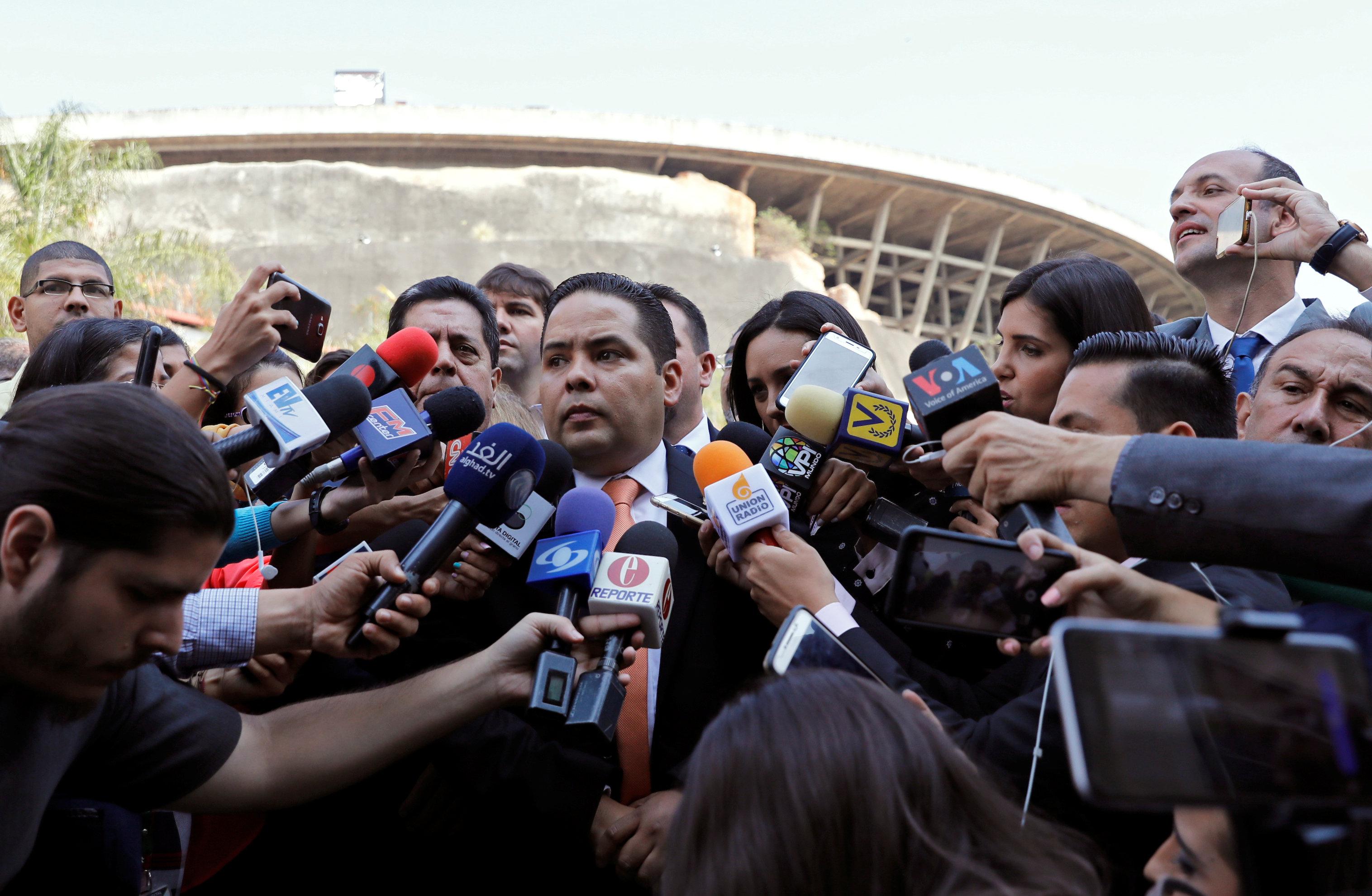 Diputado Vergara denuncia que allanamientos y detención de Marrero fueron ordenados por Diosdado Cabello