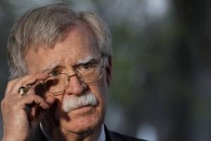 John Bolton a la Fanb: No deben ser títeres del régimen cubano