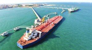 Las importaciones de crudo de China cayeron en mayo a un mínimo de cinco meses