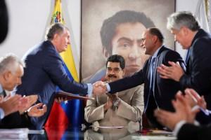 Rosneft aprovecha y con grandes facilidades impositivas se posiciona sobre reservas de gas de Venezuela