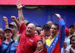 """El chiste del día: Diosdado dice que Arreaza produce """"ENVIDIA"""" porque deja a Venezuela en alto"""