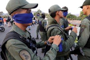 """Evasión de militares de la embajada de Panamá forma parte de la """"Operación Libertad"""""""