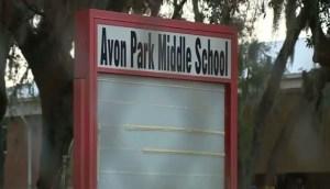 Detienen a dos niñas en Florida que planeaban matar a diez compañeros de clases y enterrarlos