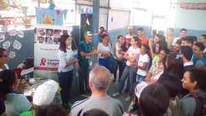StopVIH concientiza a jóvenes del Instituto Universitario Insular sobre VIH y otras ITS