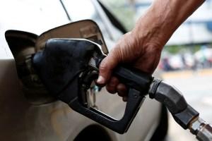 Pdvsa solo suple el 15% de las gasolineras del país