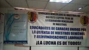 Inaesin: Ambiente laboral de las aulas amenaza salud de los docentes