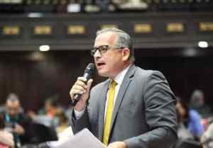 Francisco Sucre: El usurpador tendrá que pagar ante la justicia por tantas muertes ocasionadas
