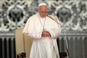 El Papa pide que la conferencia de Berlín sirva para lograr la paz en Libia
