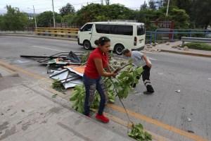 Honduras amanece con bloqueos de carreteras después de una noche violenta