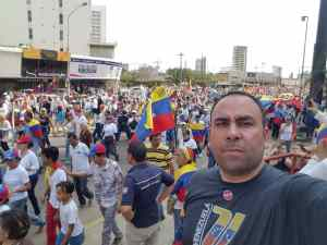 La formación de un líder comunitario está en la calle, afirmó dirigente Juan Urdaneta