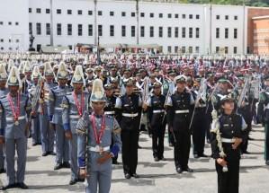 Las Fuerzas Armadas se van quedando sin oficiales