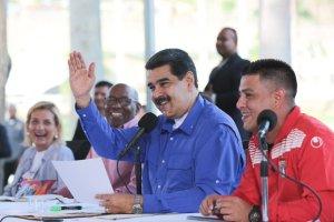 """El chiste del día: Maduro tenía a punta de ponches a su """"amigo"""" Oswaldo Guillén (VIDEO)"""