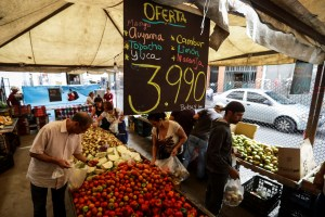 La crisis en Venezuela impacta en la canasta básica alimentaria (Video)