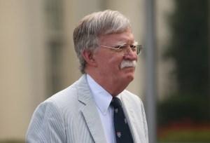 Bolton: La negociación con Maduro será qué almorzará en el avión para su exilio