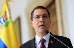 """La Academia de Ciencias Políticas envía carta a Arreaza y Delcy Eloína sobre el """"tema del Esequibo"""""""