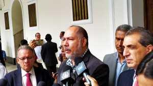 William Anseume: En Guaicaipuro lo único que progresa es el hambre