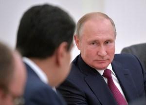 El chiste del día: El Kremlin pide a la oposición venezolana que sea flexible con Maduro