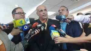 Diputado Freddy Castellanos se incorpora a las filas de UNT