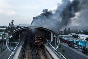 Así quedó el Metro de Chile tras las violentas protestas (Fotos y video)