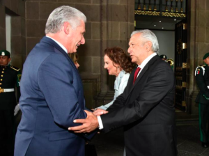 """Díaz-Canel fue a México a buscar """"petróleo a precios accesibles"""""""