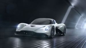 El potente auto de Aston Martin que manejará James Bond en su nueva película (Fotos y Video)