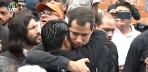 Juan Guaidó desde Petare: Maduro tiene manchadas sus manos de sangre