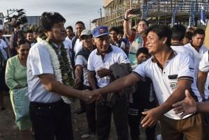 Evo Morales encabeza elecciones en Bolivia pero irá a una histórica segunda vuelta