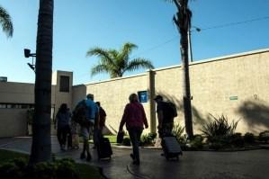Al menos 1,9 millones de estadounidenses viajan fuera de sus fronteras cada año para recibir cuidado médico (FOTOS)