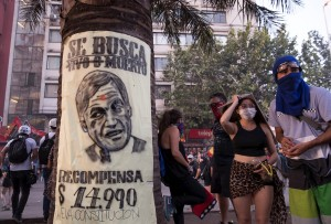 Manifestaciones ponen contra las cuerdas a la debilitada economía de Latinoamérica