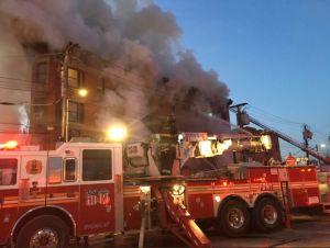 Detienen a bombero latino por sofocar a su novia en El Bronx
