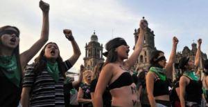 """EN VIDEOS: El himno feminista """"El violador eres tú"""" le dio la vuelta al mundo"""