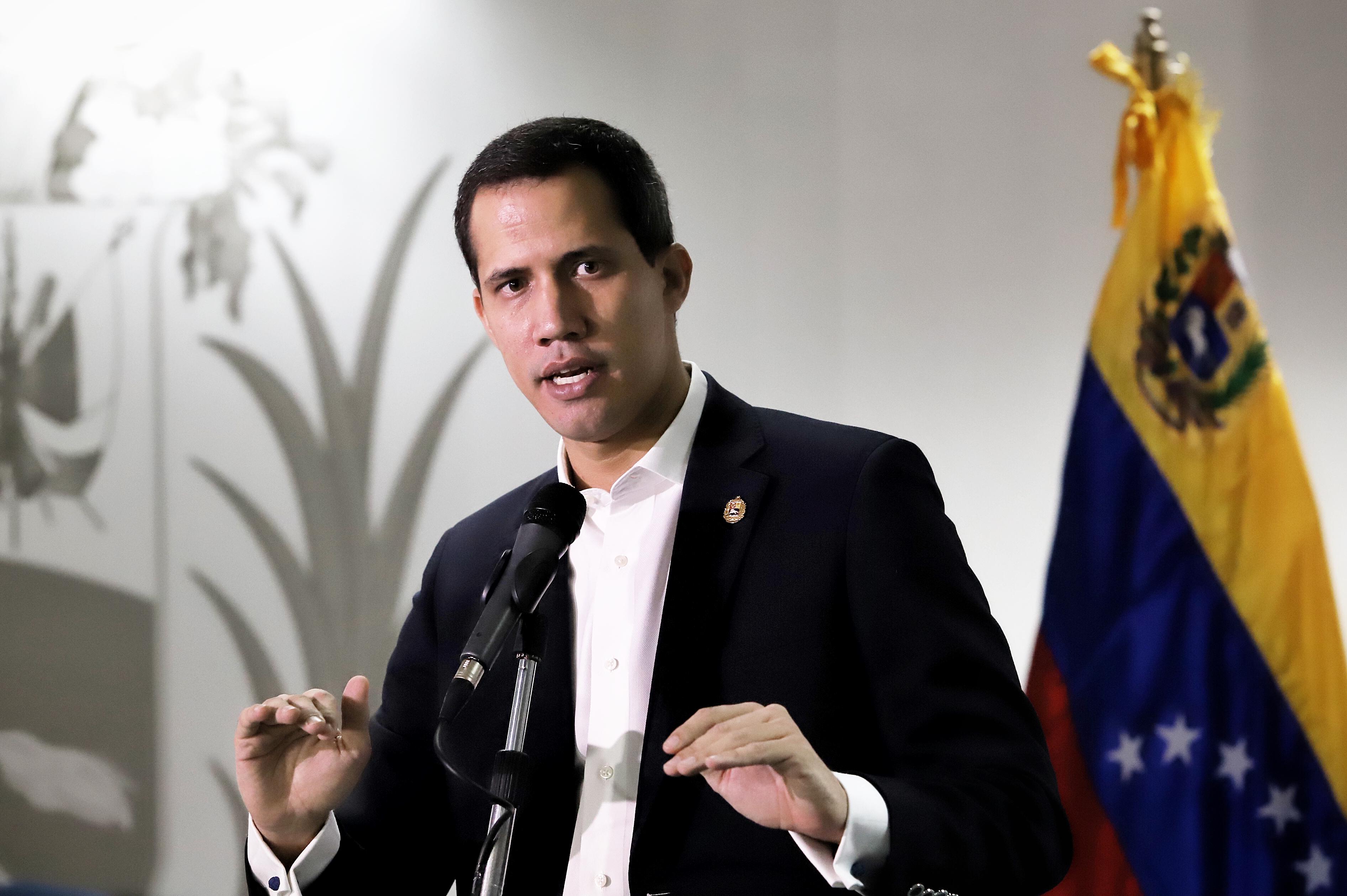 Juan Guaidó: Tenemos que continuar en la calle para que se vaya el dictador