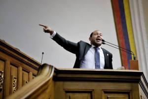 Diputado Quiñones: La brisa del huracán democrático de Bolivia se sentirá en Venezuela el #16Nov