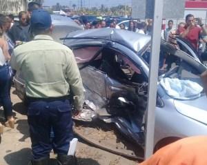 Accidente de tránsito en Anzoátegui deja una mujer fallecida y una adolescente herida