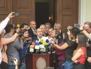 Régimen de Maduro asoma que no descarta reelección de Tibisay Lucena a la presidencia del CNE (VIDEO)