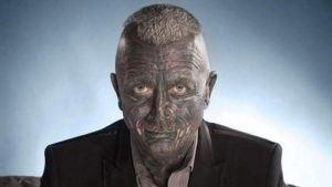Vladimir Franz: El político con el 90% del cuerpo tatuado (Fotos)