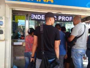 ¿Cómo operan las casas de cambio en La Parada?