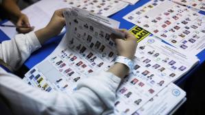 Piden investigar a magistrados electorales de Guatemala por fallas en conteo de votos
