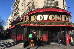 Incendiaron La Rotonde, el restaurante preferido de Emmanuel Macron en París (Fotos)