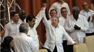 """""""Cuba ha desangrado a Venezuela, su gallina de los huevos de oro"""""""
