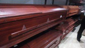 Un plan básico funerario se ubica en 200 dólares