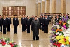 Kim Jong Un aparece en público por primera vez en tres semanas