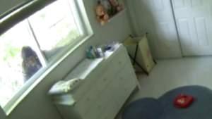 Familia de Miami-Dade que vive con miedo después de que intrusos entren por la ventana de la habitación del niño