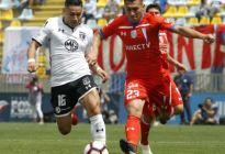 Suspendido clásico del fútbol chileno por violentas protestas de barras bravas