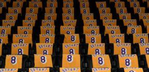 Emotivo homenaje a Kobe Bryant al inicio de Juego de las Estrellas (Video)