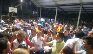 Eln y Los Rastrojos generaron masivo desplazamiento de venezolanos a Cúcuta (Fotos y Video)