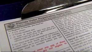 La oficina de elecciones del Condado de Orange ofrece un horario extendido antes de la fecha límite de inscripción de votantes