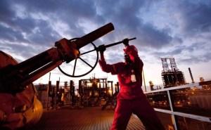 La producción de crudo de Venezuela cae por sexto mes consecutivo
