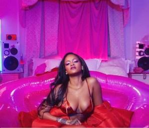 Nalgona, en ropa interior y mirada perversa: Te comerás a Rihanna con la mirada al ver su nueva foto hot